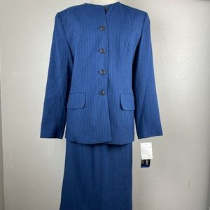 NWT Sag Harbor Suits Two-Piece Jacket and Skirt Size 10